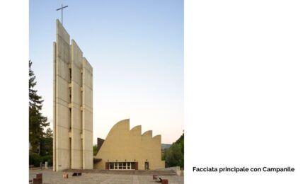 Facciata principale con Campanile Chiesa Alvar Aalto