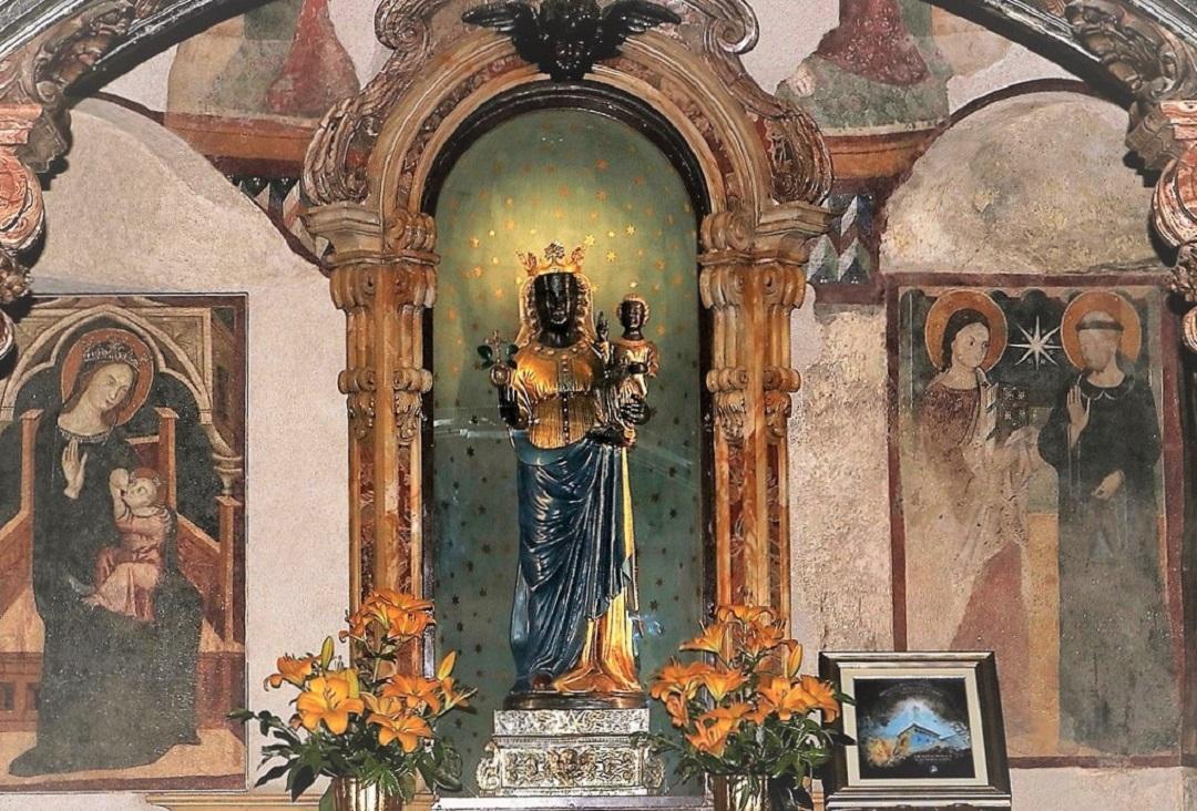 La Madonna Nera di Oropa (Piemonte) Michele Santangelo Ph.ALT