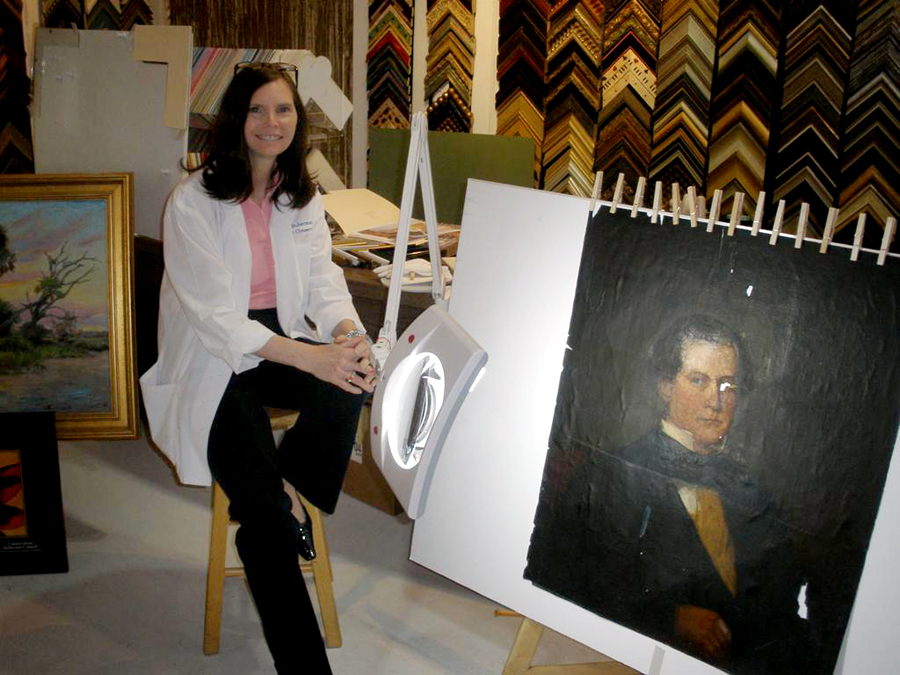 Photo: Jan Suberman ( Art specialist of the Orlando Museum of Art, Florida - Art Restoration, Appraisals, Research and Documentation of Artists and Collections ).