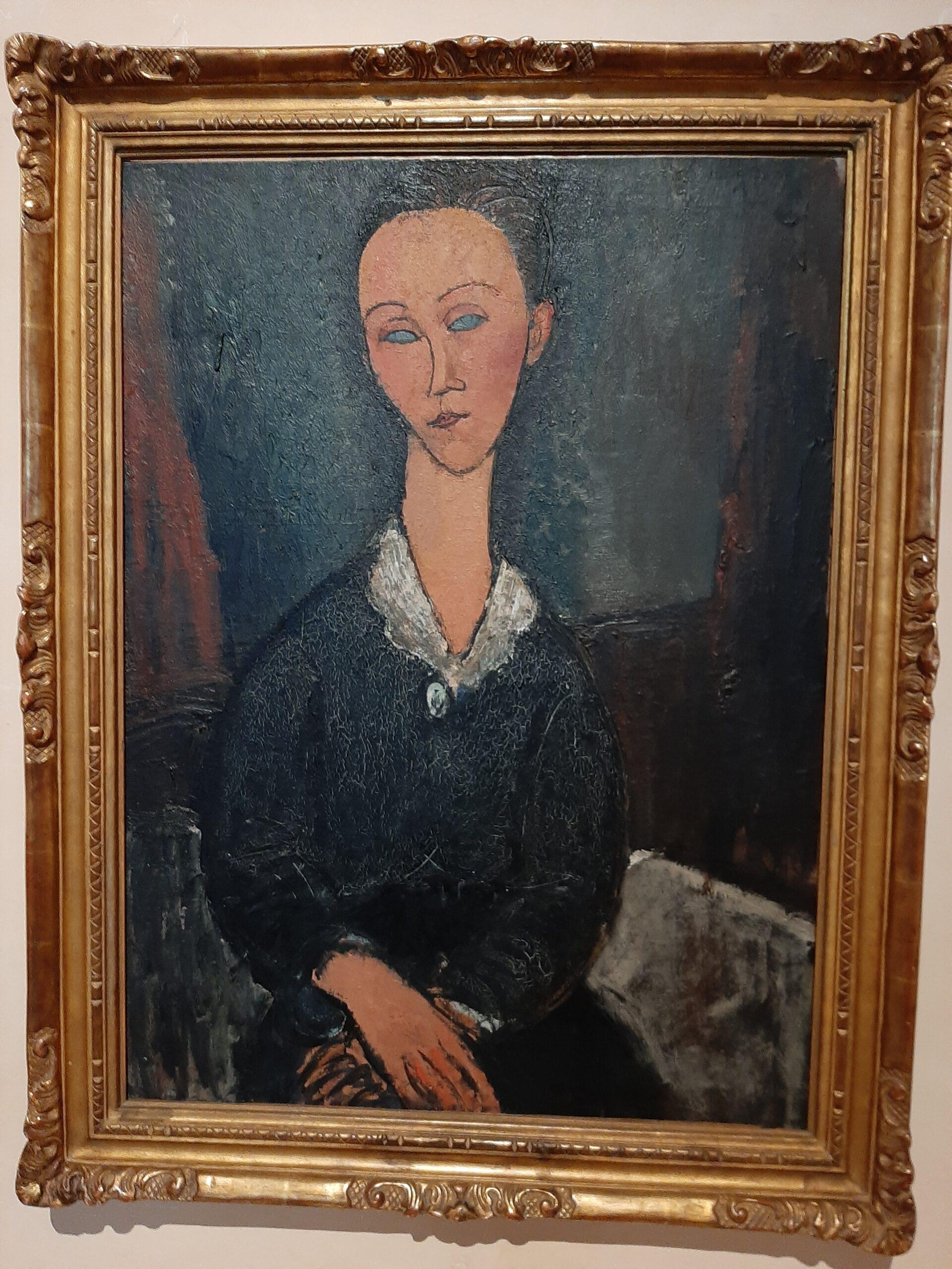 Femme au col blanc